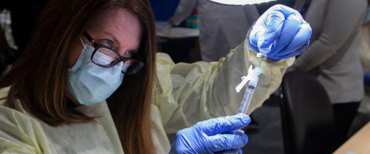 مقامات کانادایی می گویند تغییر در برنامه تولید Pfizer باعث تاخیر در واکسیناسیون نمی شود.